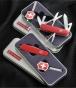 Набор Victorinox 4.3810.07 нож + LED фонарь-брелок - фото 1