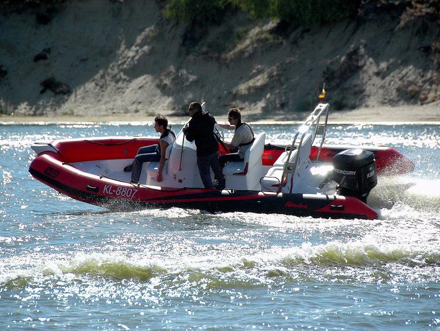 Надувная лодка Adventure Vesta V-650 RIB